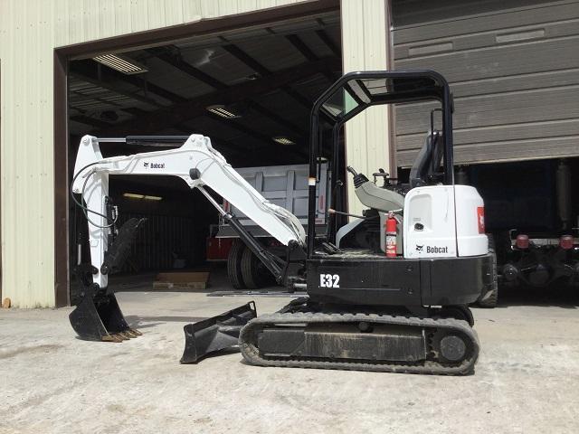 2011 Bobcat E32M Mini Excavator- E6396